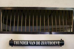Thunder Van de Zuuthoeve urne